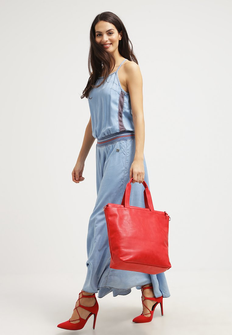 Even & Odd rote Tasche